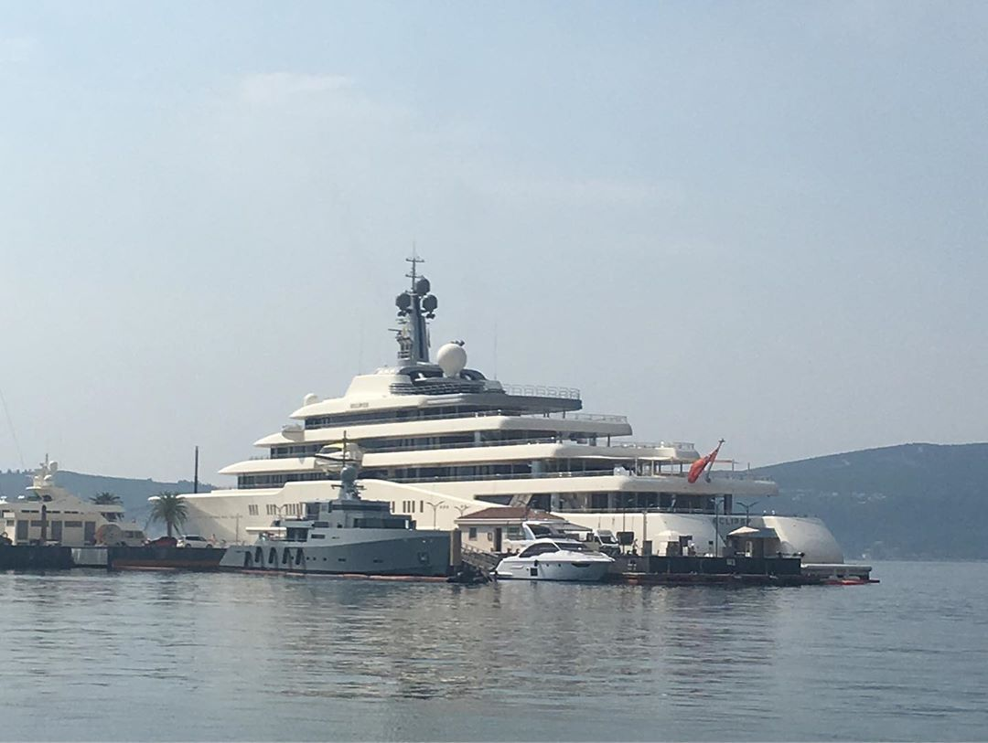 Roman Abramovichs Super Yacht Spotted in Montenegro2