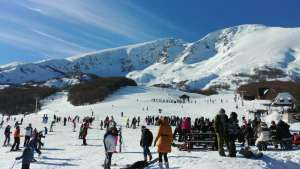 Winter Tourist Season: Skiing Doesn't Carry Epidemiological Risk, But Gatherings Do
